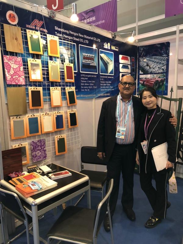 hengze steel nancy on 123th-canton fair with our customer